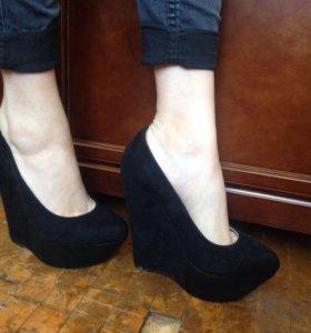 Туфли замшевые (650р)