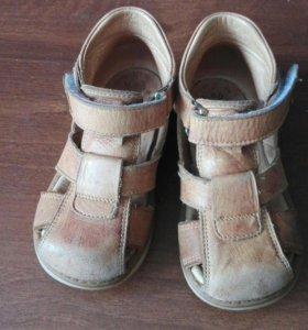 Ортопедичекие сандали Mega