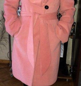 Продаю новое ,шикарное пальто
