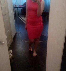 Новое платье, размер m