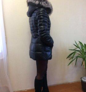 Пуховик кожаный с мехом чернобурки (42 р-р)