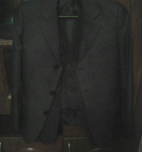 Пиджак с жалеткой