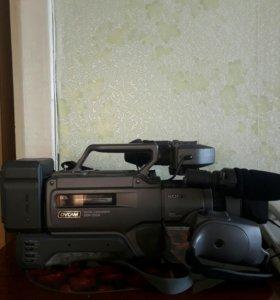 Видеокамера SONY DCR-200A