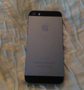 Продам iPhone 5s на 64 Гб в чёрном цвете