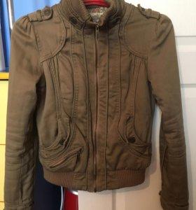 Куртка женская Berska