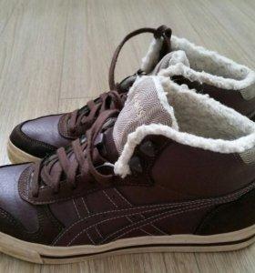 Ботинки зимние Asics