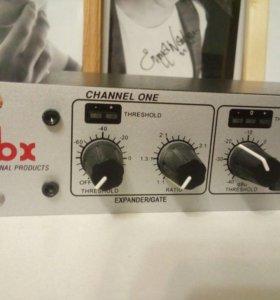 Процессор эффектов dbx 266xs