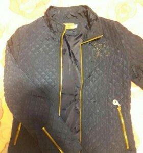 Легкая куртка на девочку