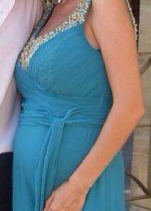 Платье в пол изумрудного цвета