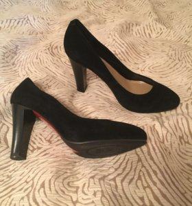 Новые туфли р.35-39