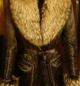 Зимняя куртка. Нат. мех. Енот.