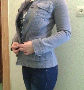 Тепленький пиджачок М