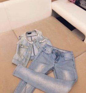 Жилетка , джинсы