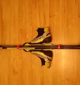 Комплект беговых лыж. FISCHER 150 см