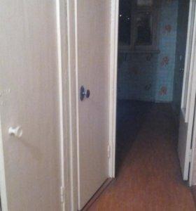 Квартира 3-х комнатная на Емлина 2