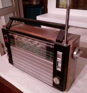 Радиоприёмник раритетный
