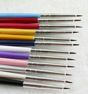 кисть для росписи ногтей