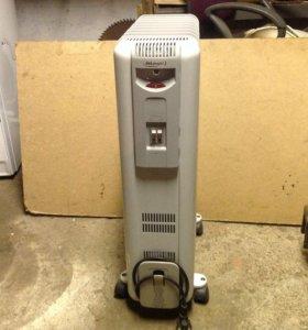 Масляный радиатор DeLonghi