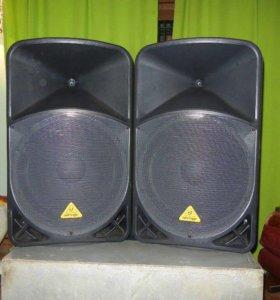 Активная акустика Behringer B115D