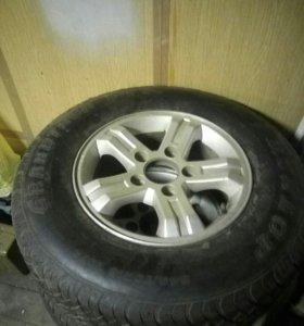 Летняя резина Dunlop Grandtrek 16/245/70, диски