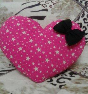 Подушки сердечки