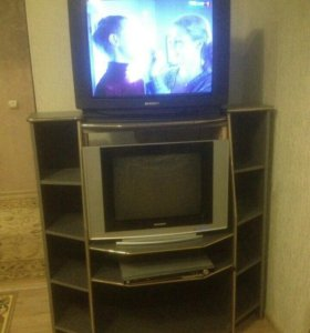 Мебель, телевизор, DVD