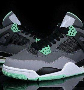 Кроссовки Nike Air Jordan 4Хит!!!