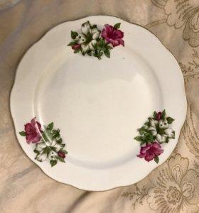 Комплект 13 тарелок закусочных.