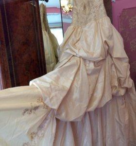 Шикарное Свадебное Платье+перчатки