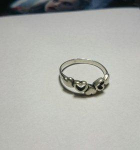 Кольцо из серебра 925 пробы размер 16,75