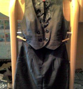 Жилет+юбка фирменный костюмчик