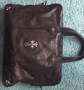 Продам брендовую кожаную сумку