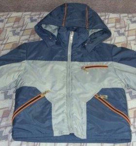 Куртка осенняя на синтепоне р.104-110