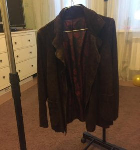Пиджак из замши