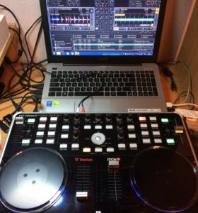 DJ-котроллерVestax VCI-300, эффектор Vestax- VFX-q
