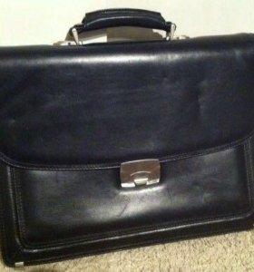 Кожаный мужской портфель