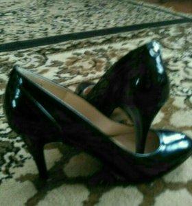 Туфли женнские