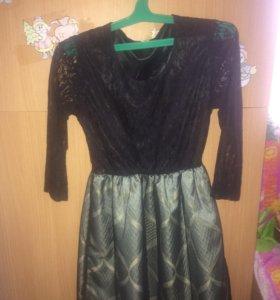 Платье состояние отличное