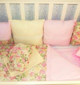 Бортики в кроватку, одеяло на выписку