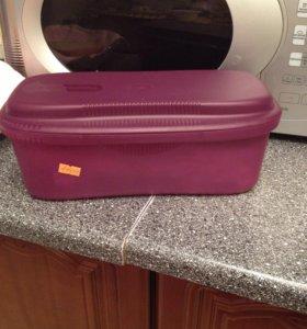 Tupperware контейнер