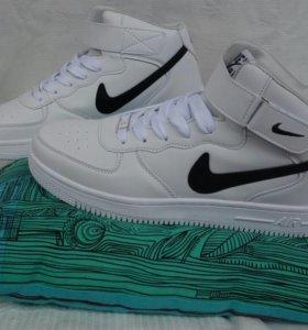 Кроссовки новые Nike Air Force