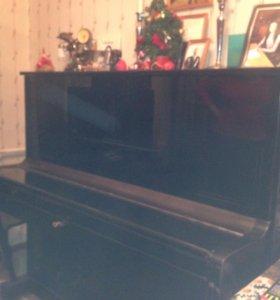 """Пианино """"Лира"""""""