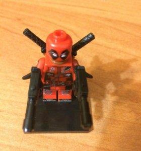 Дэдпул коллекционная фигурка LEGO