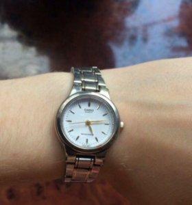 Часы Casio quartz water resist