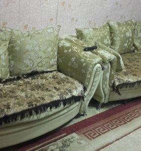 Диваны,цена за оба дивана