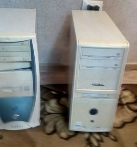 2 стационарных компьютера