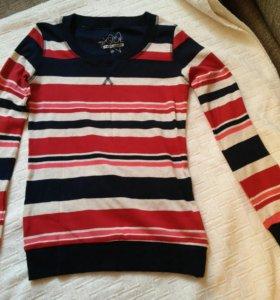 Пуловер новый Кофта