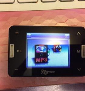 Ritmix RF-6800 (8GB) Digital player