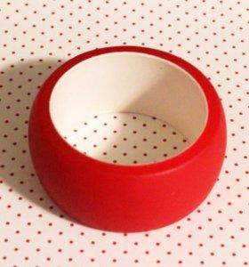 Красный широкий браслет