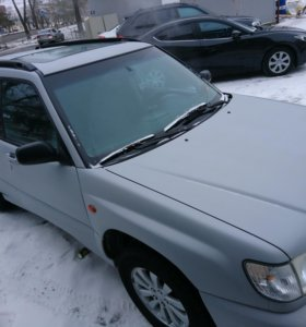 Subaru forester 2000 года 2.0